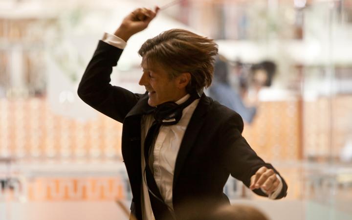 george_ellis_conducting